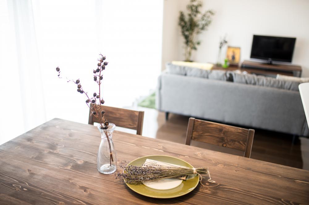 キャラノミクスのレトロ雰囲気の住宅コーディネート